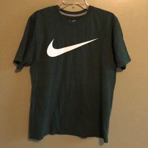 ✅ Nike TShirt